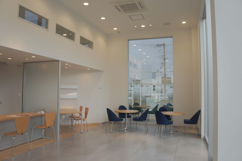 フォード新滋賀栗東本店